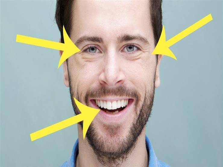 """كيف تفرق بين الابتسامة الصادقة و""""الضحكة الصفراء""""؟"""