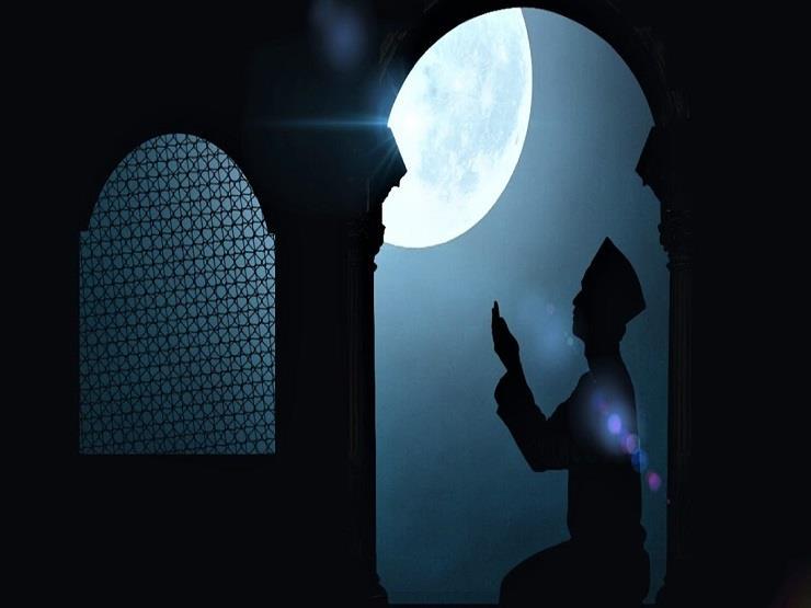 دعاء في جوف الليل: اللهم ارزقنا عينًا دامعة ونفسًا قانعة وشفاء من كل داء