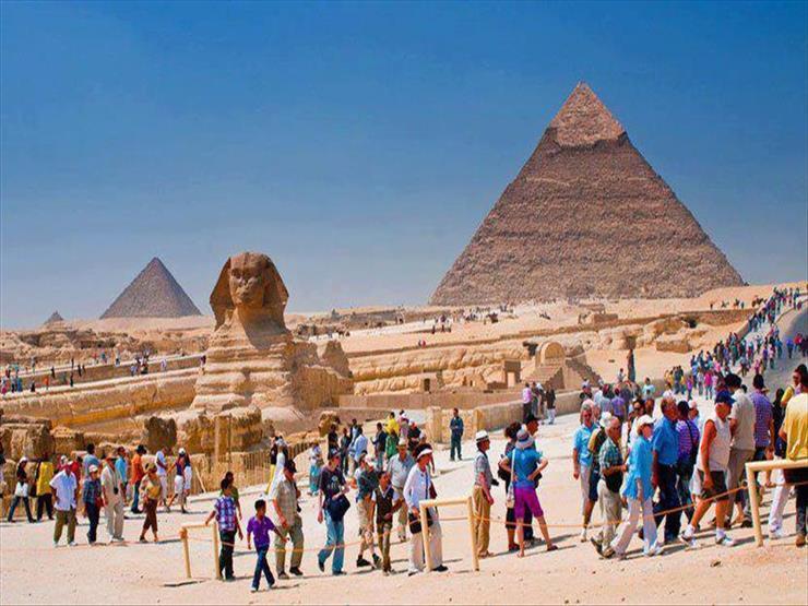 رويترز: مصر تستهدف زيادة أعداد السائحين إلى 12 مليون في 2019- 2020