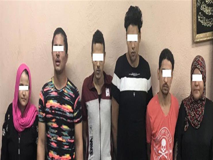"""""""بلاغ على فيسبوك"""" يوقع 7 تجار مخدرات في بولاق الدكرور"""