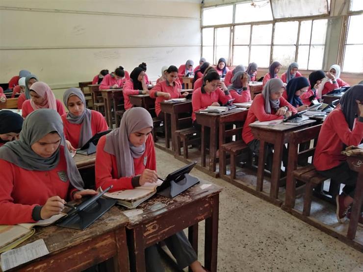 التعليم تصدر قرارًا يحدد نظام الدراسة والتقييم لطلاب الصفين الأول والثاني الثانوي