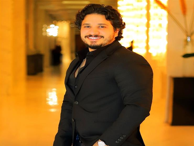 """ مؤلف أحدث أغاني مصطفى حجاج """"حياتي بعدك تمام"""" يكشف كواليسها"""