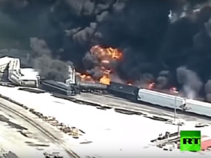 شاهد.. اندلاع حريق قطار يحمل مواد خطرة بولاية إيلينوي الأمريكية