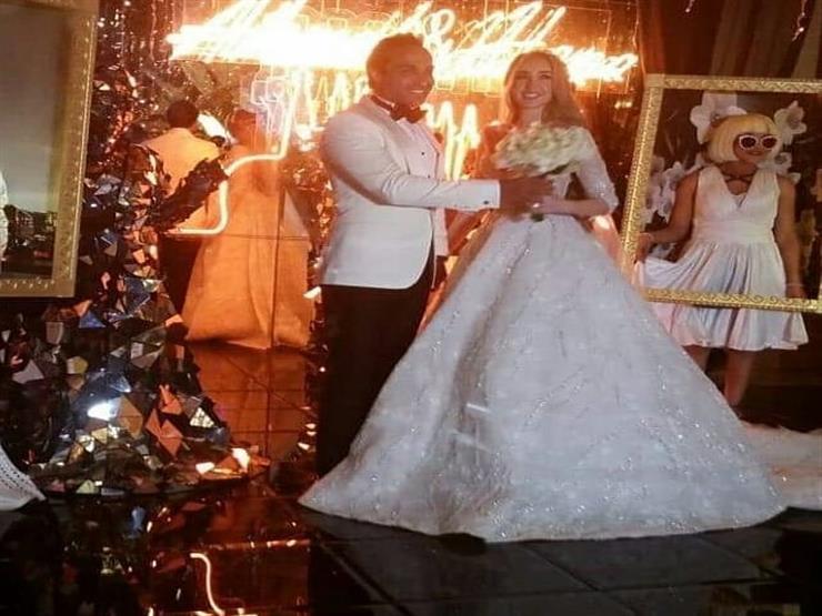 كريم عبدالعزيز ويوسف الشريف في حفل زفاف هنا الزاهد وأحمد فهمي