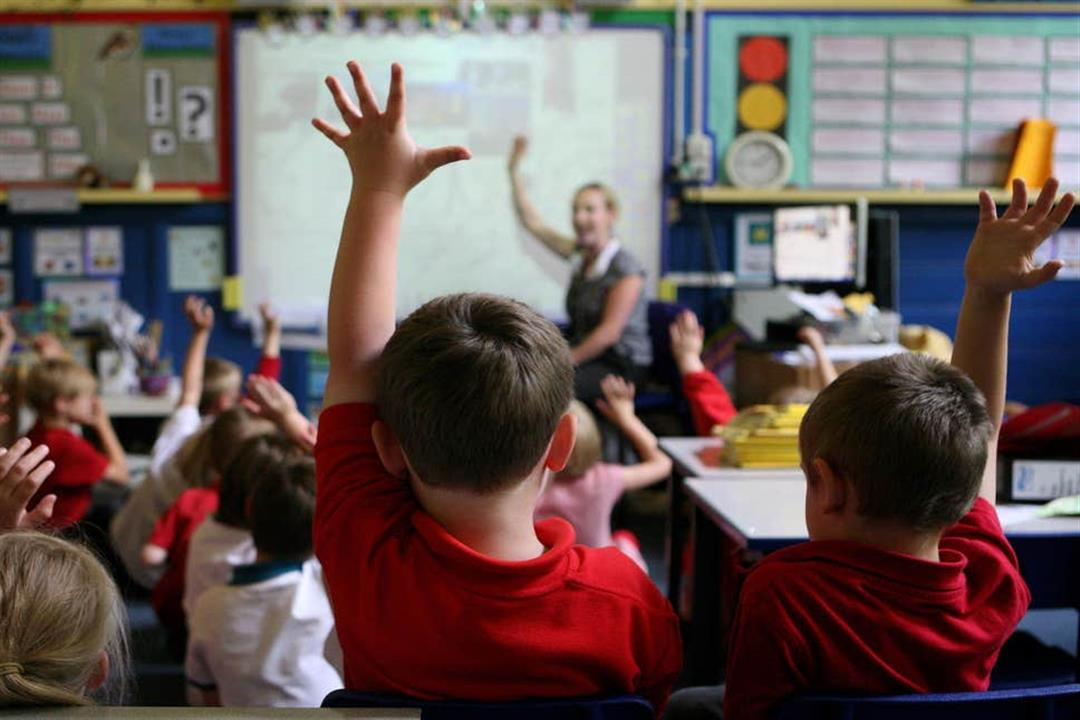 منها النوم مبكرًا.. 4 طرق لتعزيز تركيز طفلِك بالمدرسة (صور)