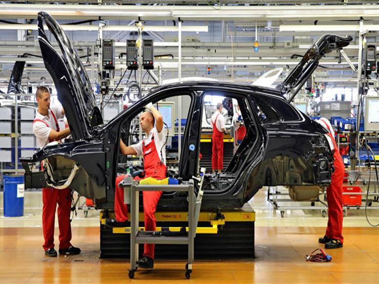 تقرير.. صناعة السيارات الألمانية تتحول من الريادة إلى التبعية (فيديو)