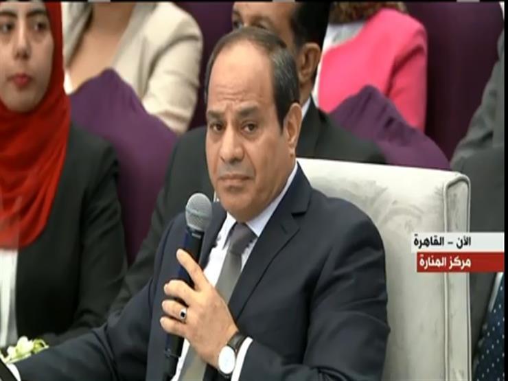 """نشاط السيسي في أسبوع: رسائل للمصريين بمؤتمر الشباب.. واستقبال """"حمدوك"""""""