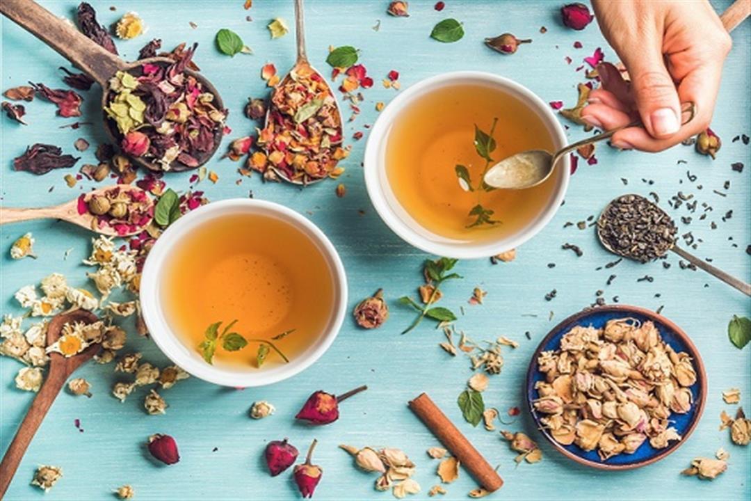 من بينها الكركم.. 6 أنواع شاي تعالج التهاب الحلق ونزلات البرد (صور)