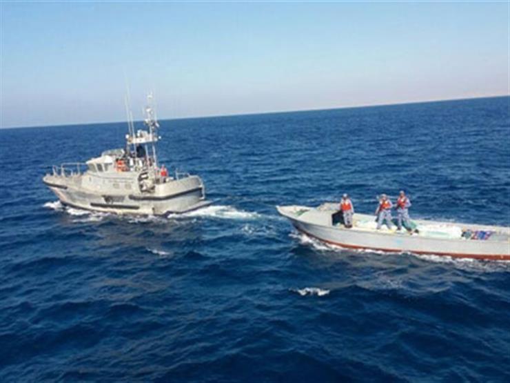 القوات البحرية تنجح في إنقاذ يخت يحمل سائحين من الغرق بالبحر الأحمر