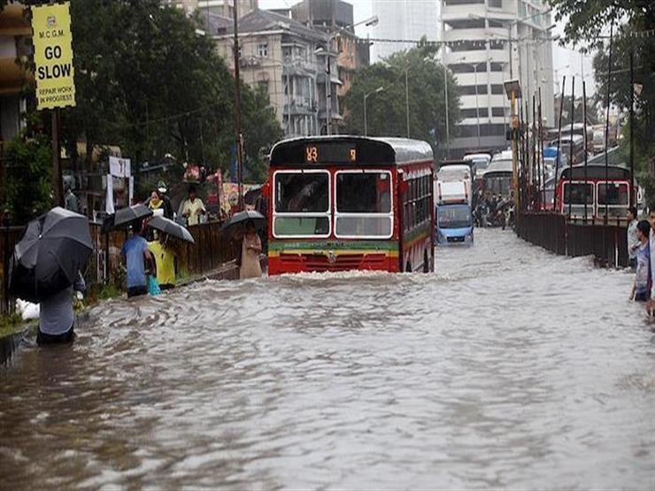 الأمطار الغزيرة تعرقل البحث والإنقاذ لناجين بعد انقلاب قارب بالهند