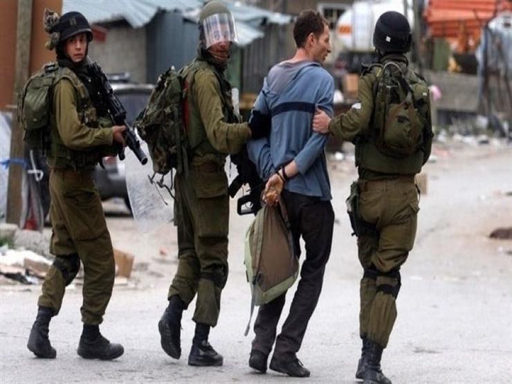قوات إسرائيلية تعتقل 19 فلسطينيا في الضفة الغربية