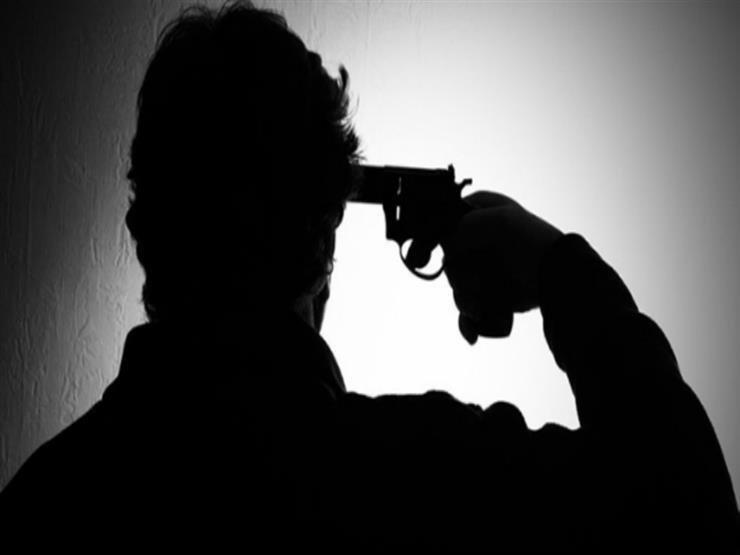 سائق يطلق الرصاص على نفسه بسبب الخلافات العائلية في سوهاج