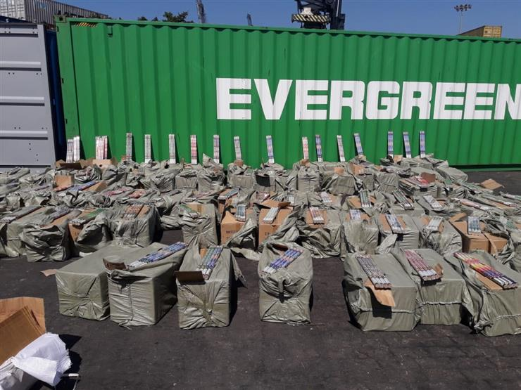 وزنها 16 طنا.. إحباط تهريب 4 ملايين عبوة ألعاب نارية بميناء الإسكندرية