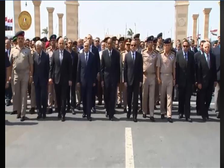 فيديو| السيسي يتقدم الجنازة العسكرية لرئيس أركان القوات المسلحة الأسبق