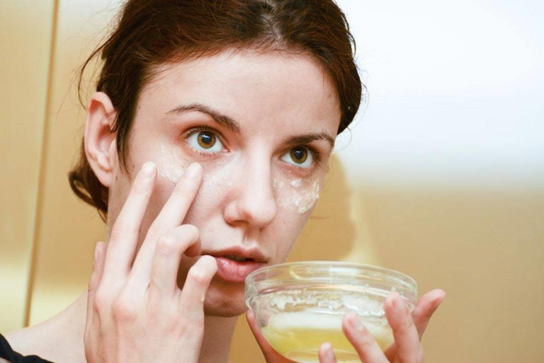 5 فوائد يقدمها ماسك بياض البيض لبشرتِك.. إليكِ طريقة تحضيره