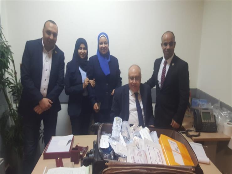 ضبط هواتف ومستحضرات تجميل مع راكب قادم من الصين بمطار القاهرة