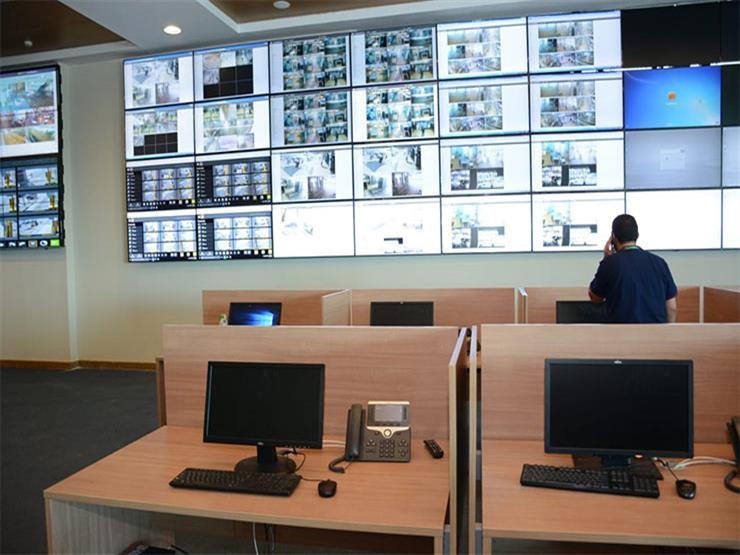 تضم 2500 كاميرا.. افتتاح غرفة المراقبة المركزية بمطار القاهرة -صور
