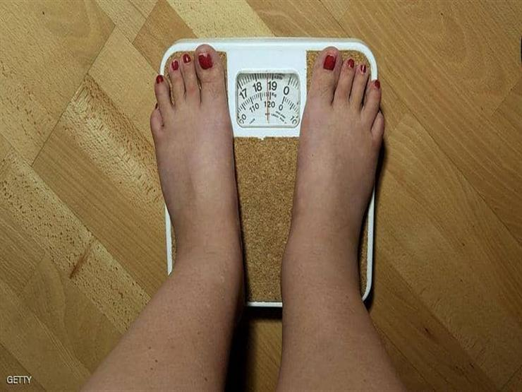 """""""منها شرب الماء كتير بيخسس"""".. 7 خرافات حول إنقاص الوزن"""