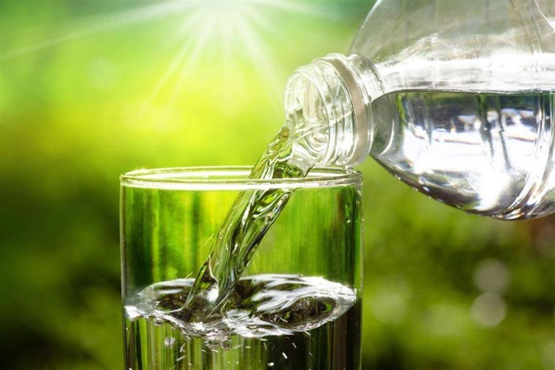 مفيدة لمرضى الضغط.. 10 فوائد يقدمها لك كوب من المياه (صور)