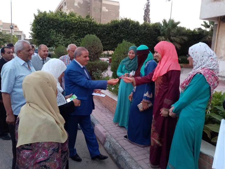 رئيس جامعة الأزهر يطمئن على تسكين الطالبات بالمدن الجامعية