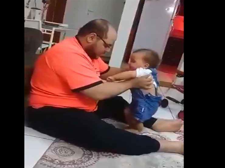 """السعودية تُلقي القبض على صاحب فيديو """"تعذيب الطفلة"""""""
