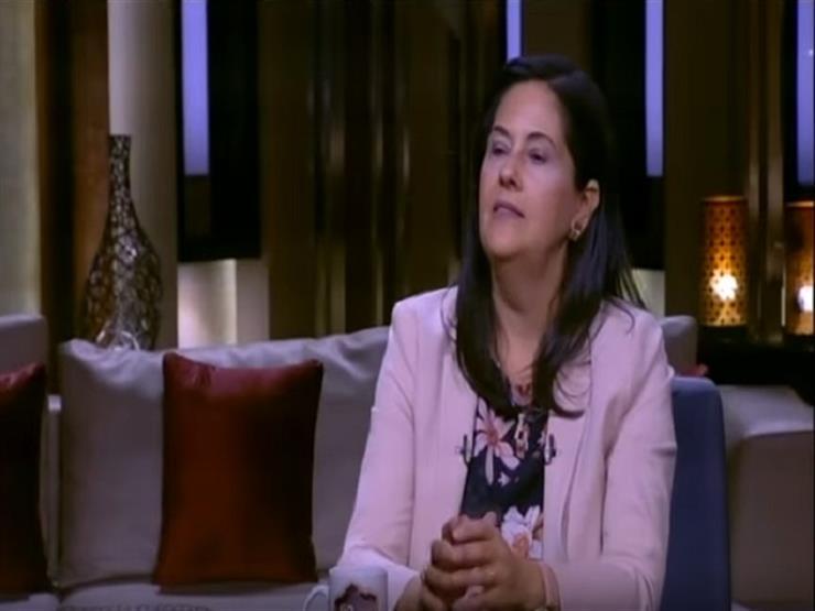 """عميد """"إعلام القاهرة"""": مواقع التواصل الاجتماعي ليست إعلامًا بديلًا"""