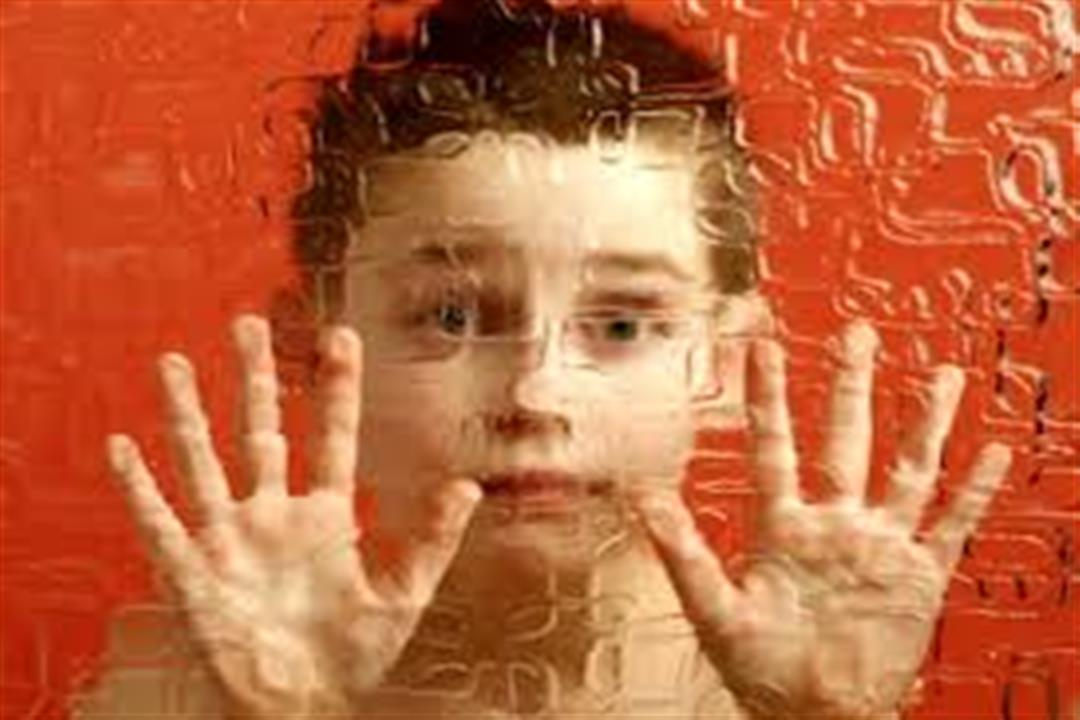فصام الطفولة خطر يهدد الصغار.. إليكِ الأسباب والأعراض
