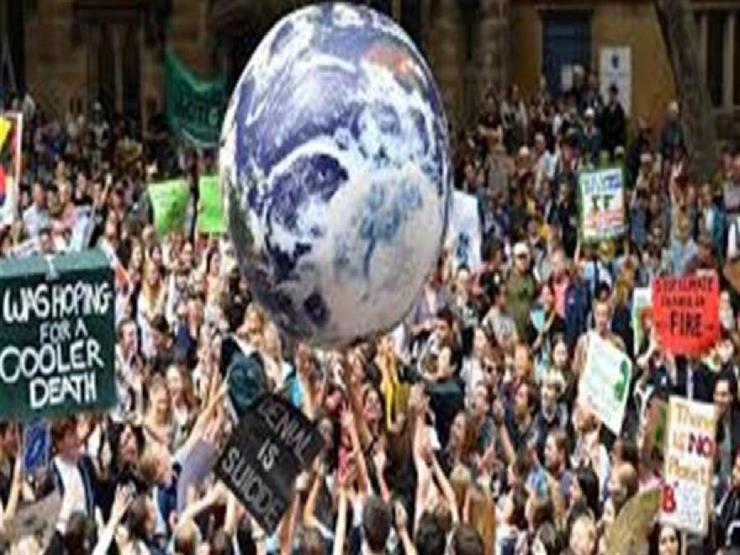 عشرات الآلاف من طلاب نيوزيلندا يطالبون بإجراء لمعالجة تغير المناخ