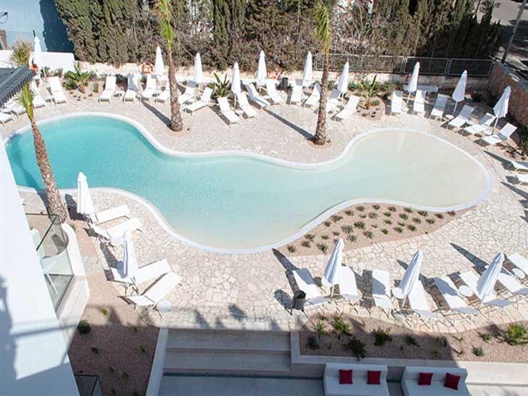 افتتاح أول فندق في العالم للنساء فقط بإسبانيا.. وهذا سعر الإ   مصراوى