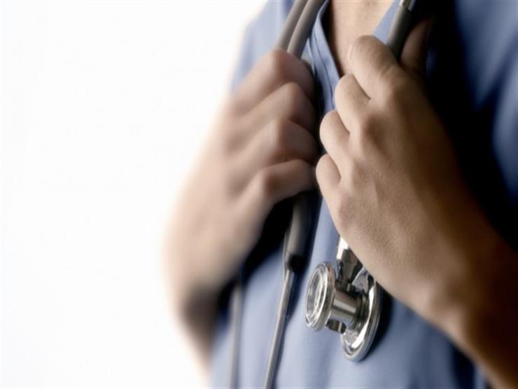 حكم وضوء الطبيب إذا مس عورة المريض أثناء الكشف.. المفتي يوضح