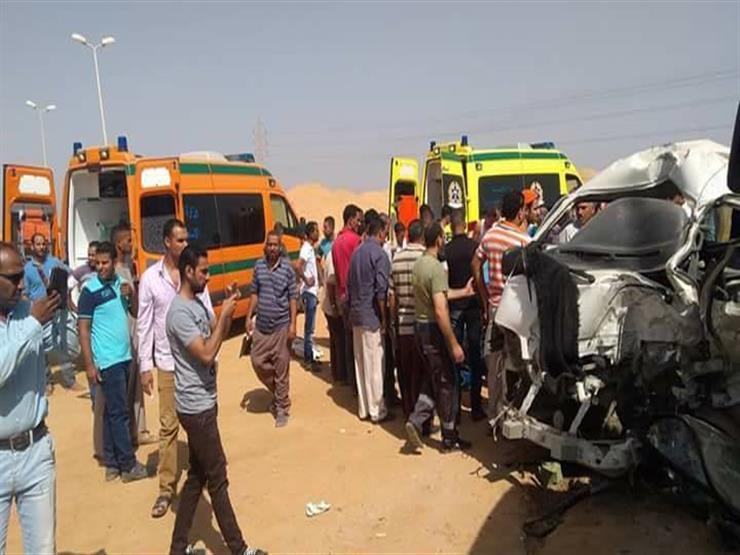 إصابة ٦ أشخاص في حادث تصادم بالبحيرة