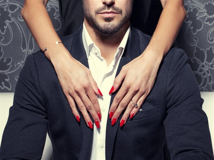دراسات علمية: 10 أشياء بسيطة إن فعلتها تصبح أكثر جاذبية للنساء