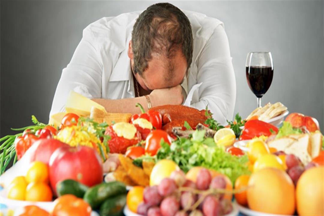 منها الفول والشاي.. 8 أطعمة ومشروبات لا تتناولها مع التقدم في السن