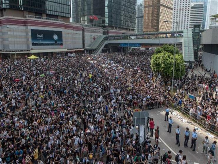 متظاهرو هونج كونج يعتزمون تسليم التماس للقنصلية الأمريكية