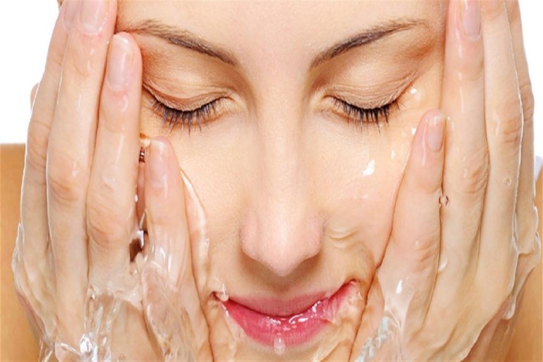 تعرفي على فوائد ماء الميسيلار لبشرتك