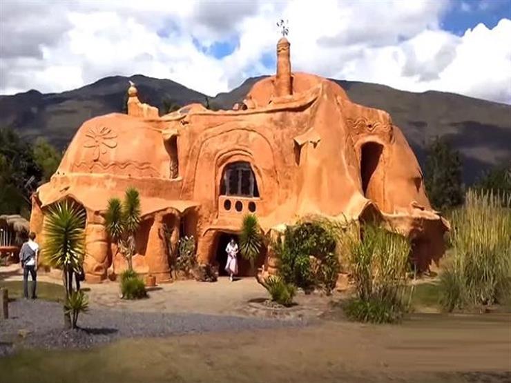 """بيت """"التراكوتا"""" أكبر قطعة طين في العالم يصبح مقصدًا للسياح"""