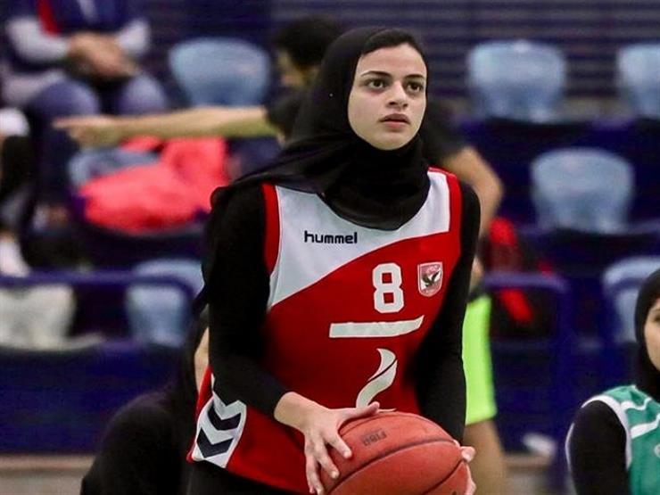"""بعد اختيارها ضمن أفضل 10 لاعبين بالعالم.. ثريا محمد: """"فخر لي أكون محمد صلاح السلة"""""""