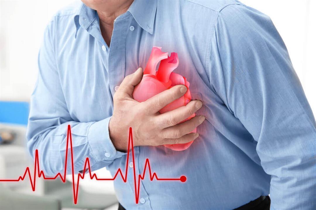 منها تورم القدمين.. 5 علامات غير شائعة تنذر بالتعرض لنوبة قلبية (صور)