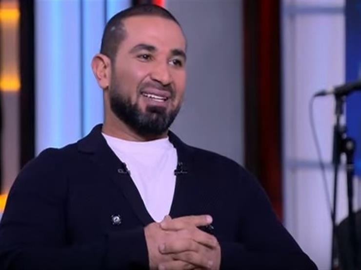 أحمد سعد يكشف حقيقة ارتباطه بفتاة خارج الوسط الفني