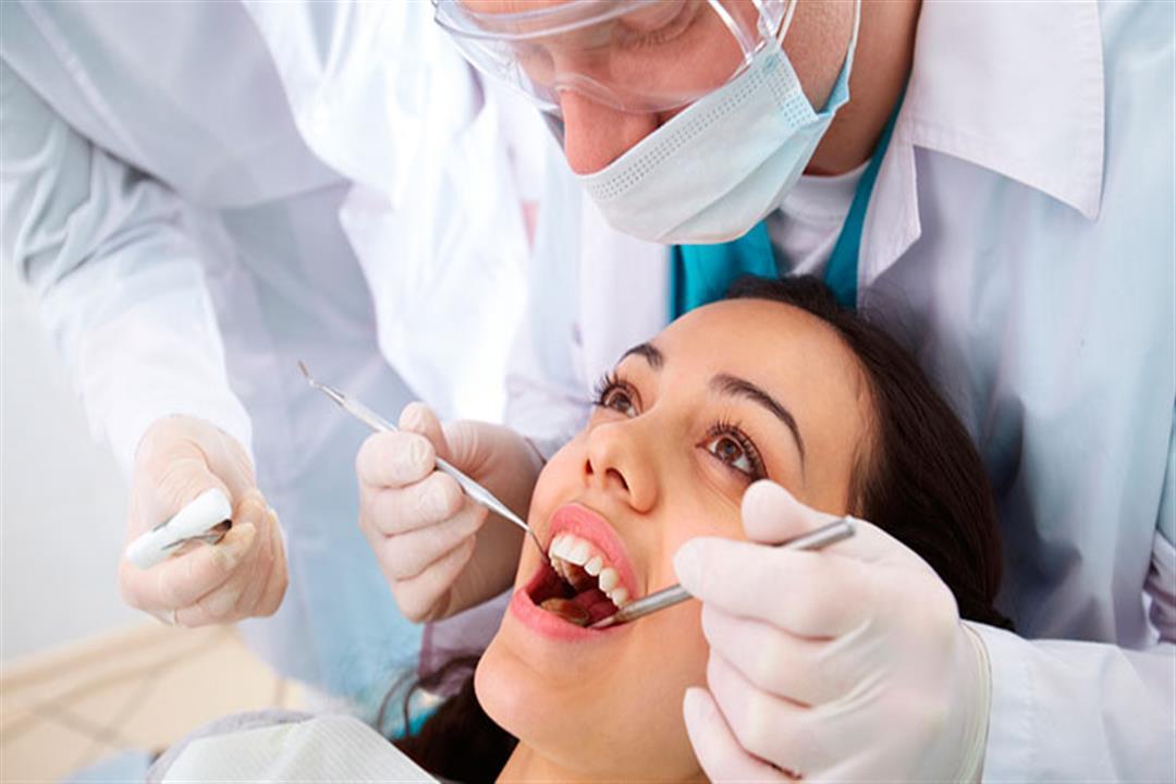 بعد تركيبه.. 4 نصائح للعناية بطربوش الأسنان (صور)