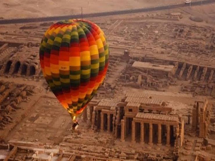 رحلات البالون الطائر تعود لأحضان الأقصر