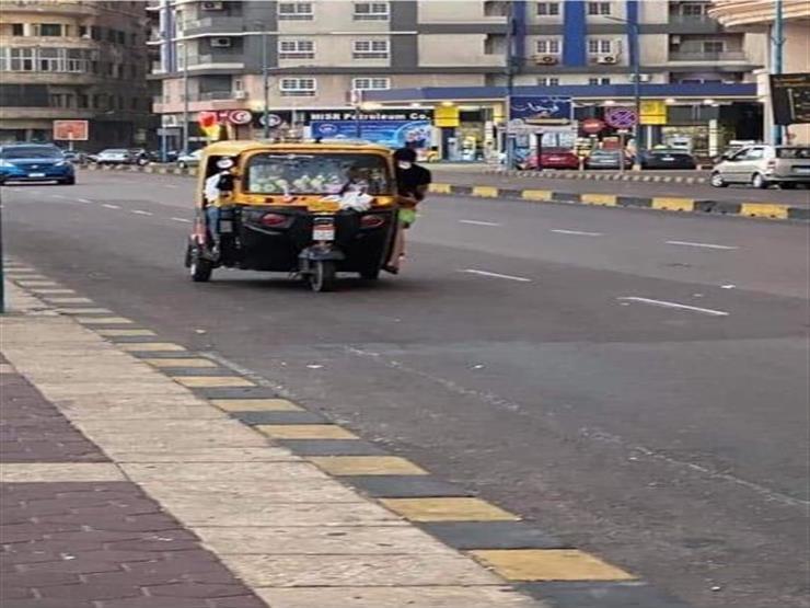 """بسبب صورة """"توكتوك"""".. تحرك عاجل من إدارة مرور الإسكندرية- فيديو"""