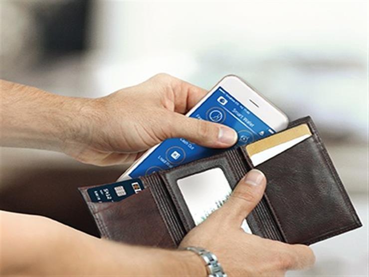 مجانًا.. تفاصيل استخدامات وإصدار محفظة الهاتف الذكية من البنوك
