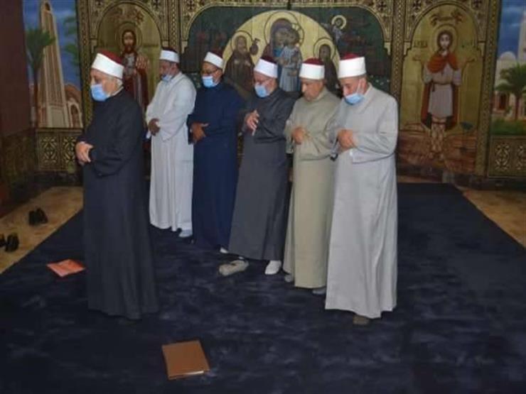 بالأدلة الشرعية.. المفتي يوضح حكم صلاة المسلمين في الكنائس