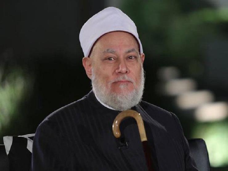 أبيات من البُردة بصوت المفتي السابق.. في ذكري مولد النبي محمد