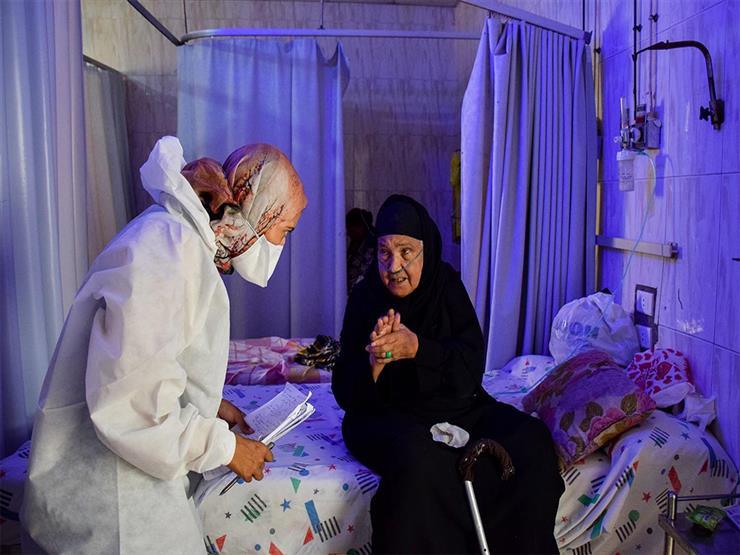 """""""أمومة المشاعر لا الجسد"""".. كيف تغيرت حياة طبية بمستشفى الصدر بسبب كورونا (قصة مصورة)"""