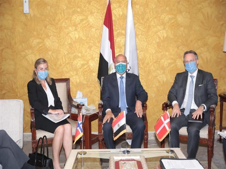 وزير النقل يبحث التعاون مع سفيري الدنمارك والنرويج في مجال النقل البحري