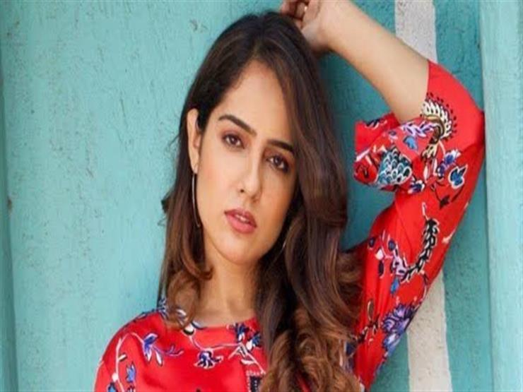 بـ3 طعنات.. ممثلة هندية تتعرض للاعتداء في الشارع