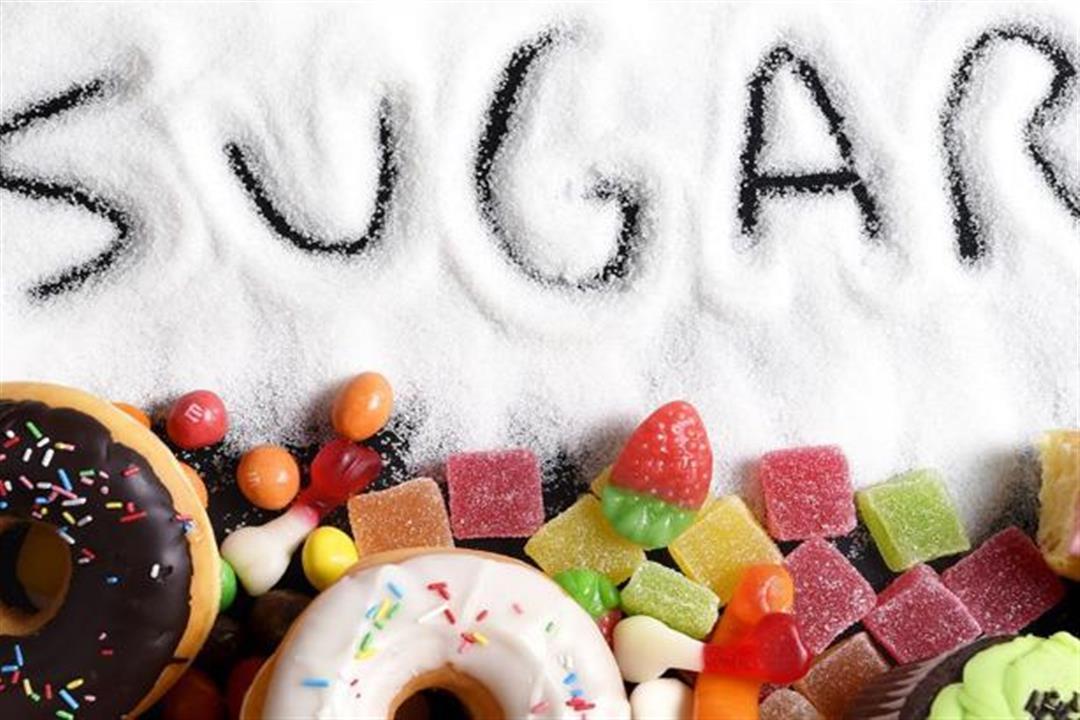 هل يزيد تناول السكريات خطر الإصابة بالتهاب الأمعاء؟