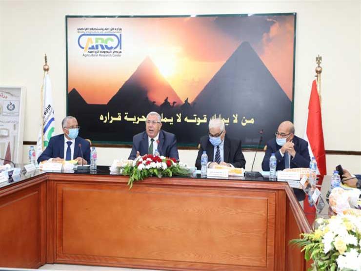وزير الزراعة: بروتوكول تعاون مع وزارة الاتصالات للتوسع في ميكنة الخدمات الزراعية